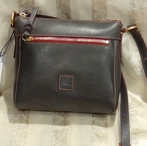 Small Dooney &Burke handbag
